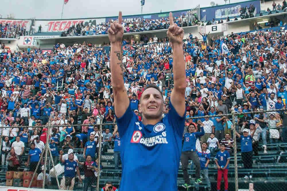 Cruz Azul Mantiene el invicto tras derrotar a Santos