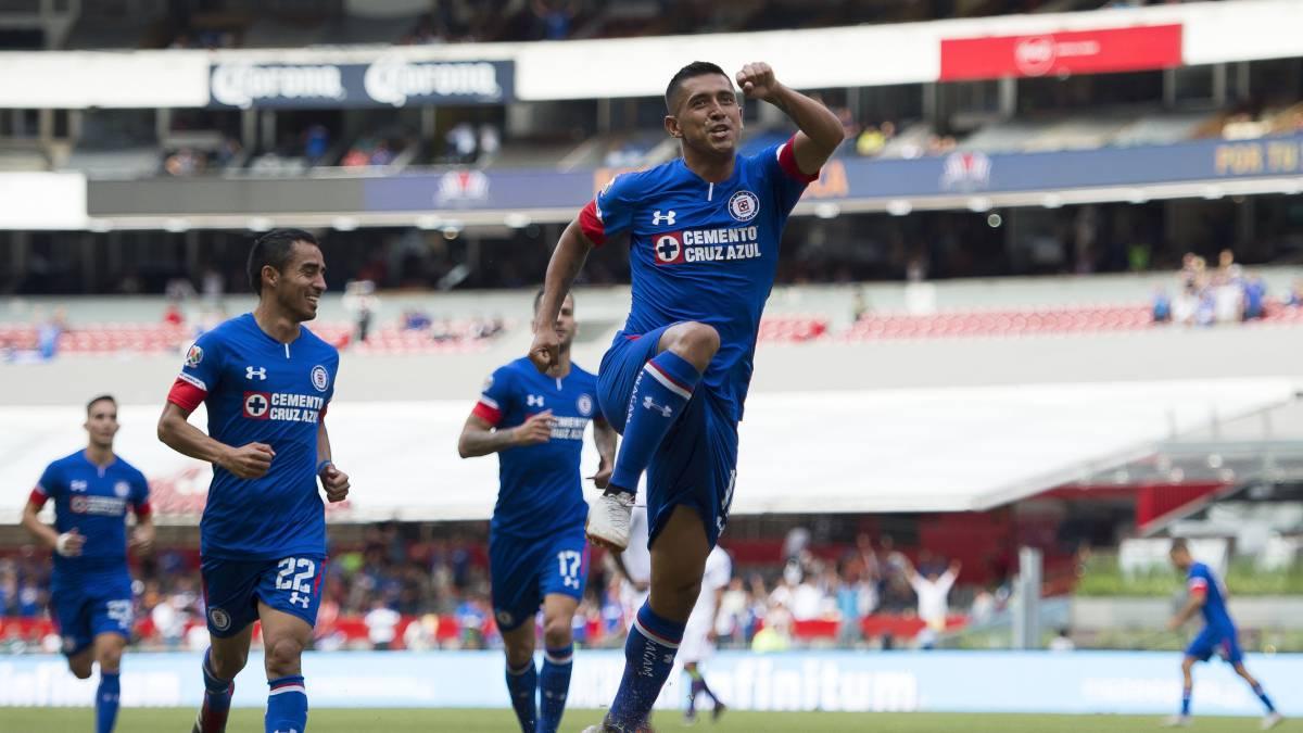 Cruz Azul Permanece en la cima tras goleada a Veracruz