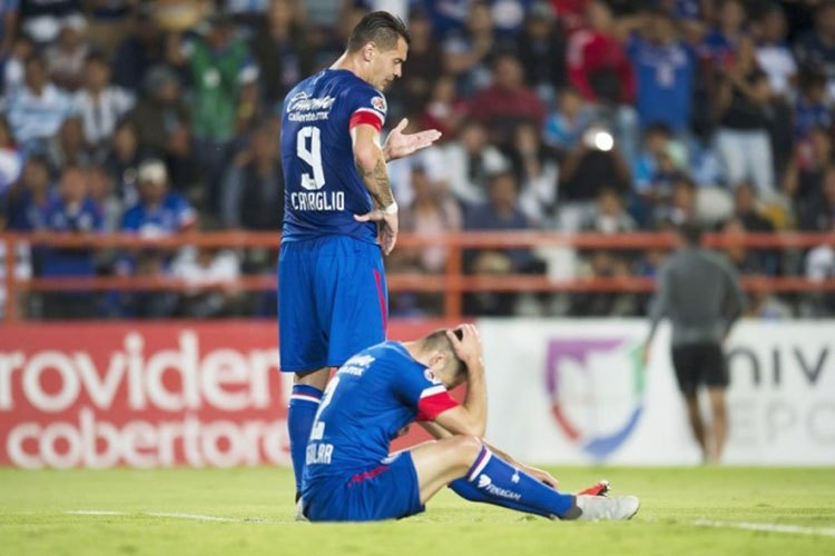Cruz Azul pierde ante Pachuca