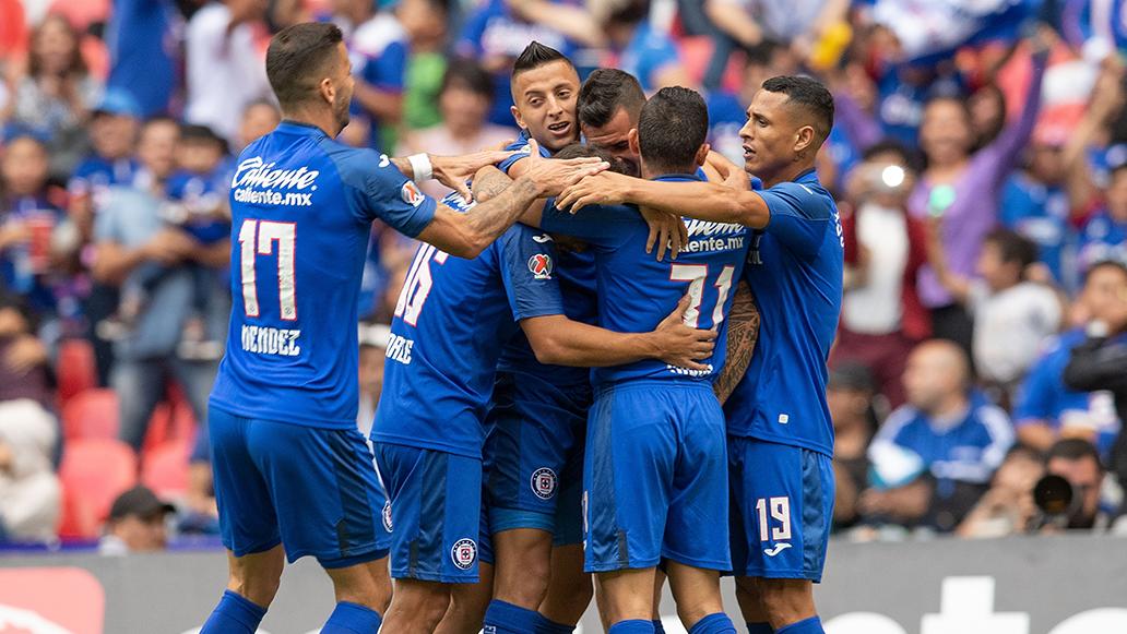 Cruz Azul vence 2-0 a Juarez